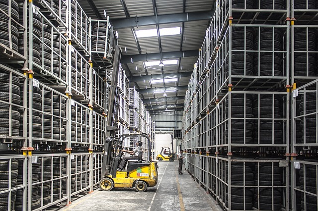 warehouse - forklift - reit