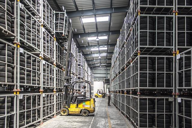 warehouse - forklift - reit
